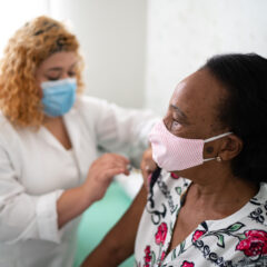 The Annenberg Foundation and Wallis Annenberg GenSpace to Partner with Mickey Fine Pharmacy for COVID-19 Vaccination Center with Focus on Elderly