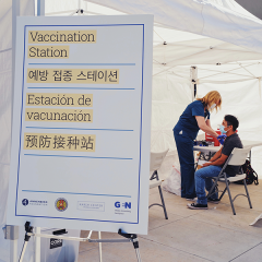 A nurse administers a COVID-19 vaccine at our pop-up clinic in Koreatown.